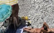 Beach voyeur records this amazing video